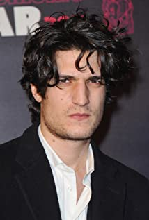 Aktori Louis Garrel