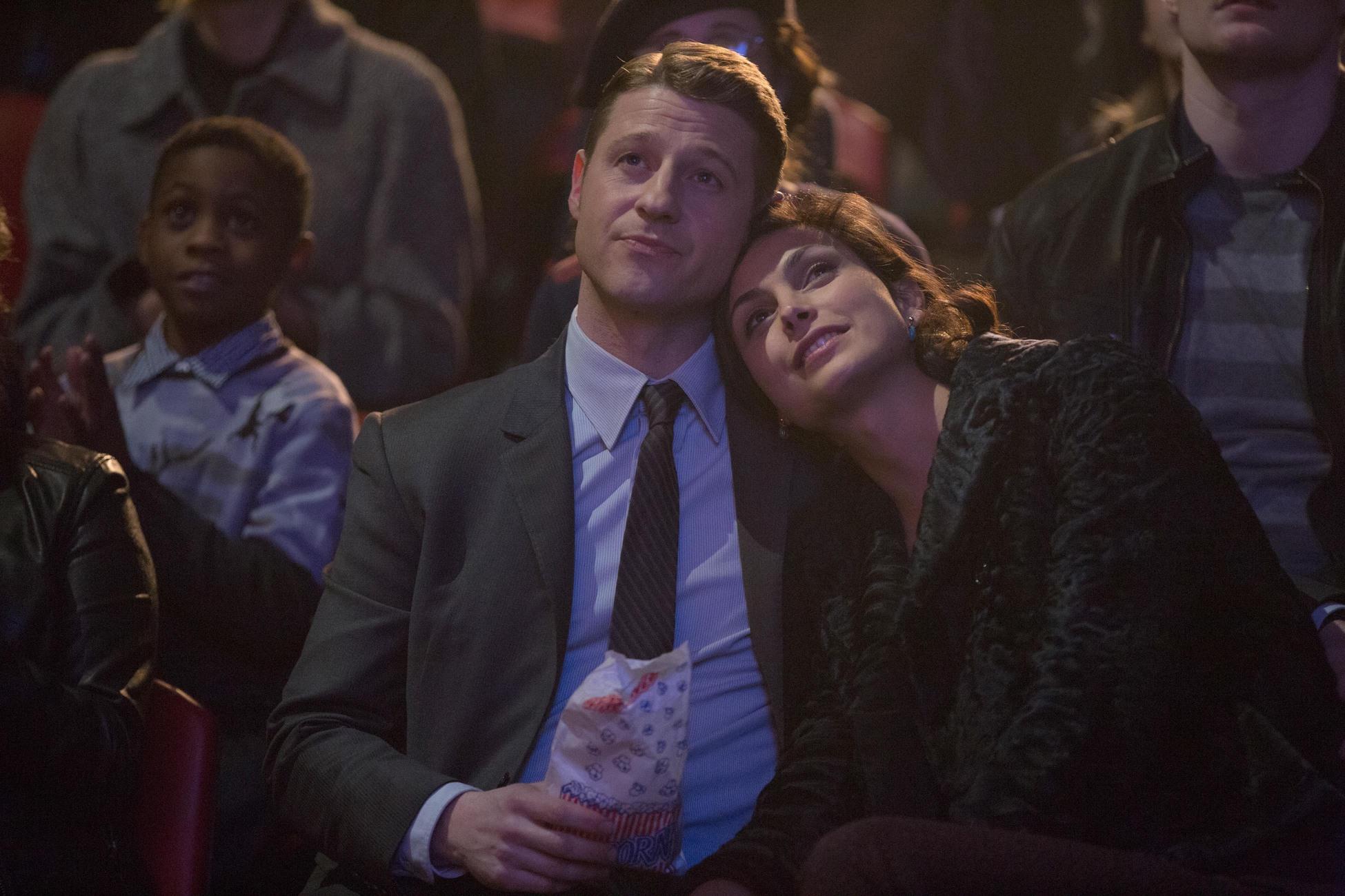 Gotham: The Blind Fortune Teller   Season 1   Episode 16