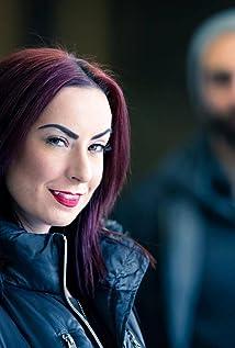 Aktori Jen Soska