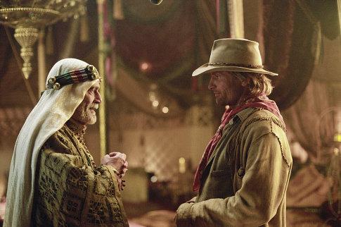 Viggo Mortensen and Omar Sharif in Hidalgo (2004)