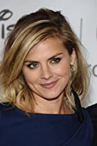 Image of Eliza Coupe