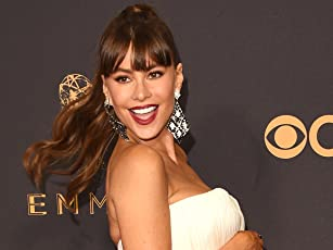 Photos: Emmys Red Carpet