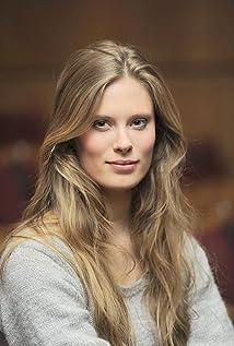 Julia Pietrucha Picture