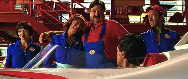 Christina Ricci, Susan Sarandon, John Goodman, Kick Gurry, and Emile Hirsch in Speed Racer (2008)
