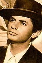 Image of Antonio Molina