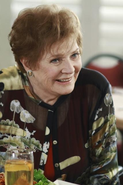Polly Bergen in Desperate Housewives (2004)