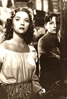 Julia Sandoval Picture