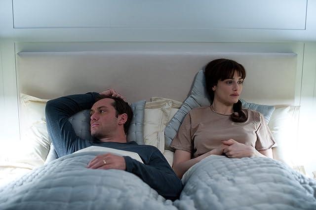 Jude Law and Rachel Weisz in 360 (2011)