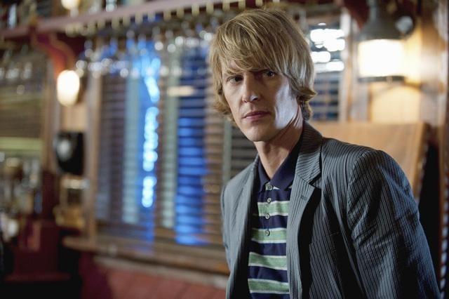 Gabriel Mann in Revenge (2011)