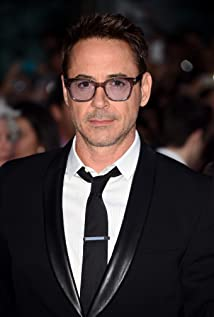 Aktori Robert Downey Jr.