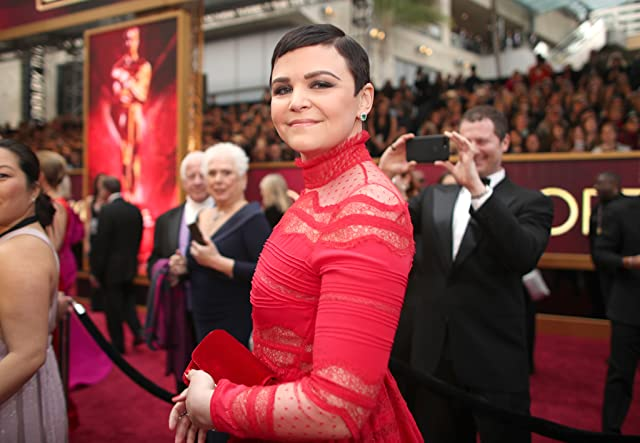 Ginnifer Goodwin at an event for The 89th Annual Academy Awards (2017)
