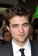 Robert Pattinson's primary photo