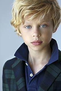Aktori Rowan Smyth