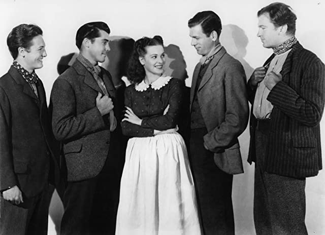 Maureen O'Hara, Richard Fraser, Patric Knowles, John Loder, James Monks, and Evan S. Evans in How Green Was My Valley (1941)