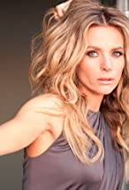 Jessalyn Gilsig's primary photo