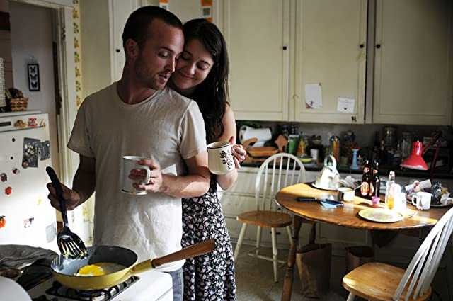 Aaron Paul and Mary Elizabeth Winstead in Smashed (2012)