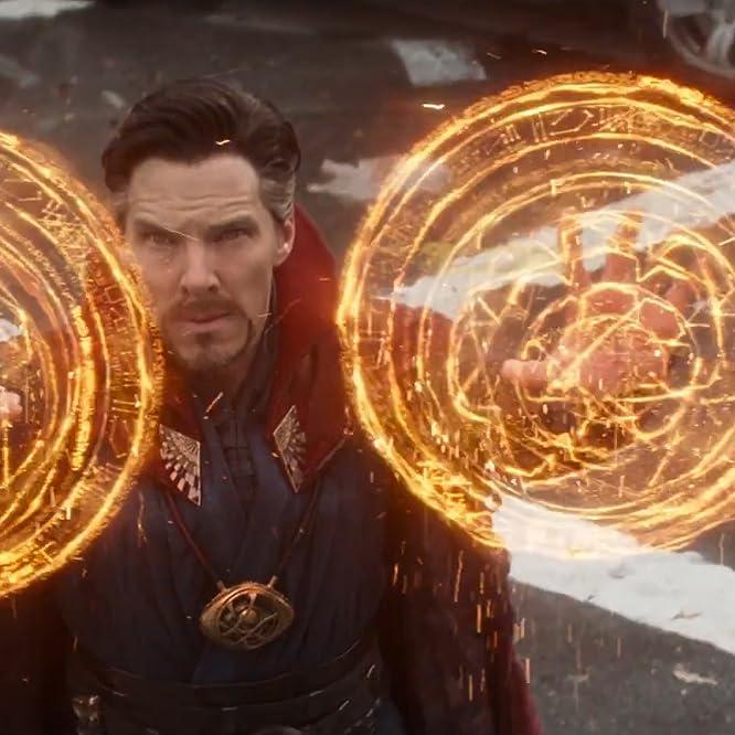 Benedict Cumberbatch in Avengers: Infinity War (2018)