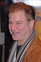 Image of Robert Wuhl