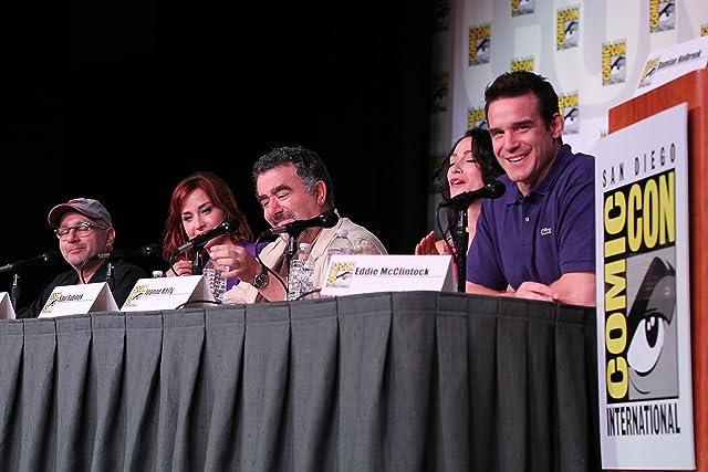 Saul Rubinek, Jack Kenny, Eddie McClintock, Joanne Kelly, and Allison Scagliotti at an event for Warehouse 13 (2009)