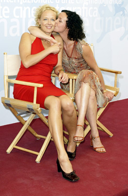 Katja Riemann and Maria Schrader at Rosenstrasse (2003)