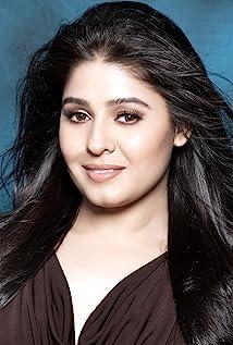 Aktori Sunidhi Chauhan