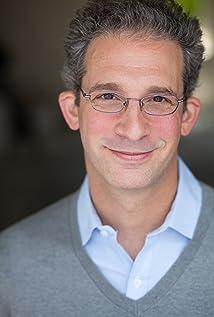 Aktori Michael Albala