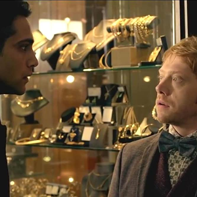 Rupert Grint and Luke Pasqualino in Snatch (2017)