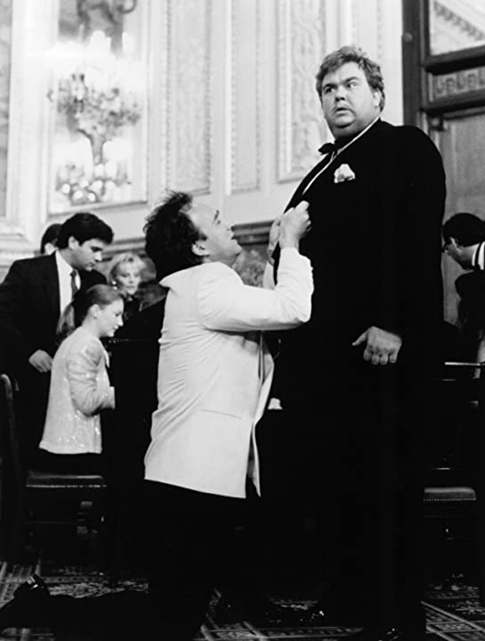Jim Belushi and John Candy in Once Upon a Crime... (1992)