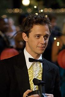 Aktori Joe Egender