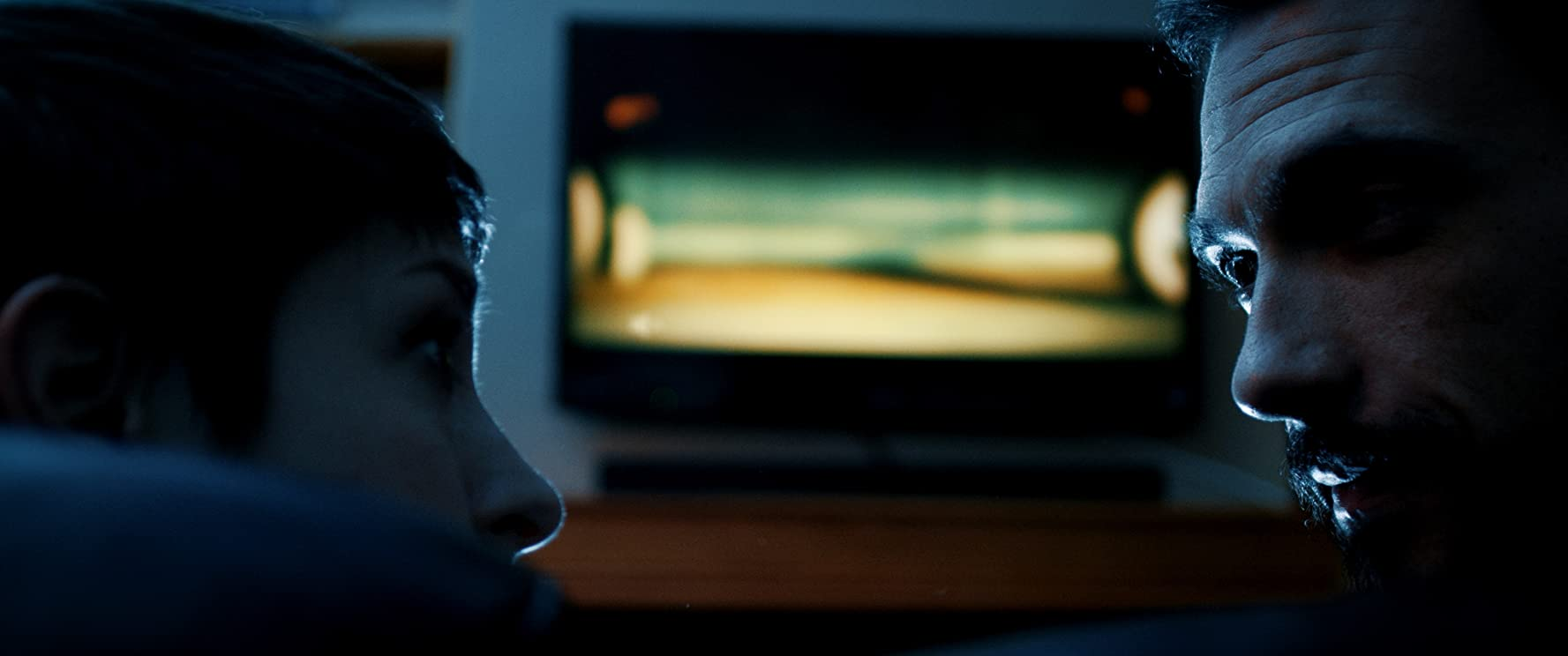 Hello & Goodbye 2018, filme online subtitrate în Română