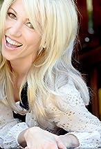 Debbie Gibson's primary photo
