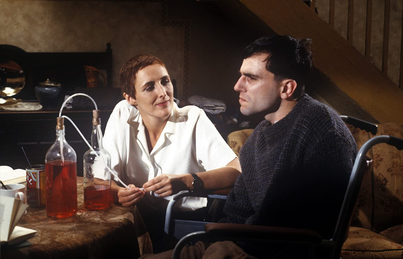 Daniel Day-Lewis and Fiona Shaw in My Left Foot: The Story of Christy Brown (1989)