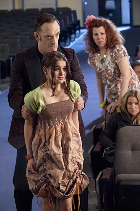 Siobhan Fallon Hogan, Seth Morris, and Ariel Winter in Fred 2: Night of the Living Fred (2011)