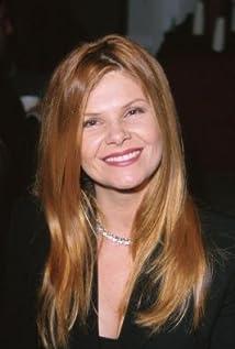 Aktori Lolita Davidovich