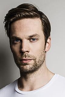 Aktori Mikko Nousiainen