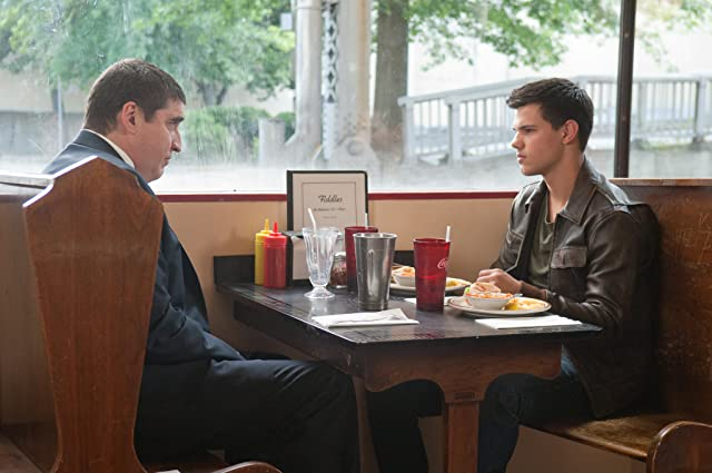 Alfred Molina and Taylor Lautner in Abduction (2011)