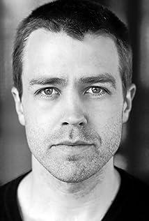 Aktori Simon Gleeson