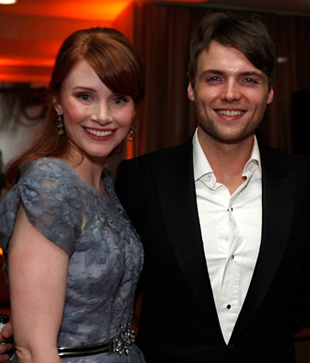 Seth Gabel and Bryce Dallas Howard
