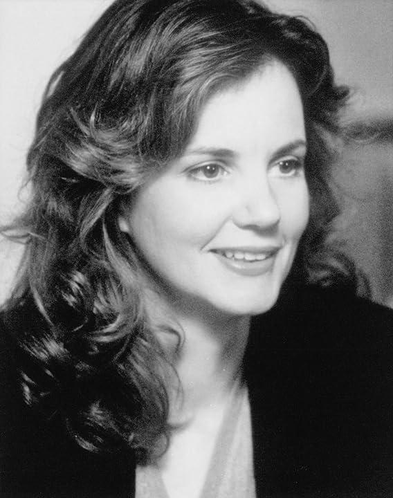 Margaret Colin in The Devil's Own (1997)