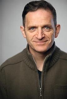 Aktori Daniel Tatarsky