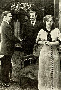 Gertrude Robinson Picture