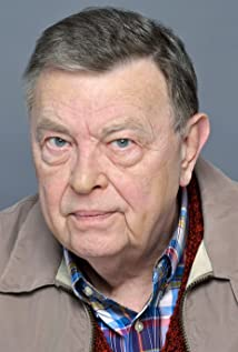 Aktori Gene Jones