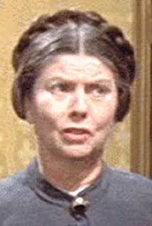Olga Dickie Picture