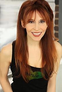 Aktori Jillie Simon