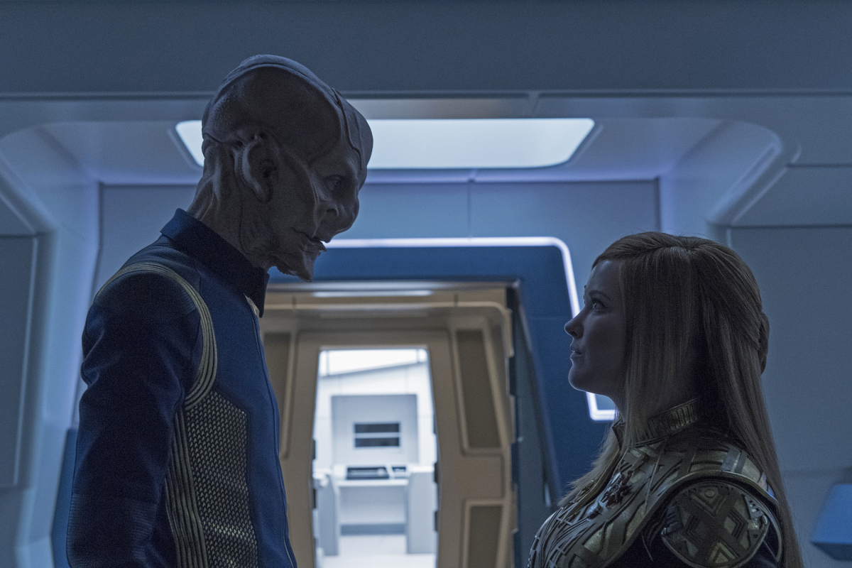 Doug Jones and Mary Wiseman in Star Trek: Discovery (2017)