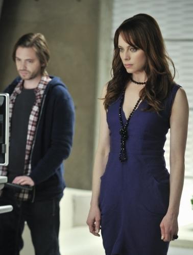 Melinda Clarke and Aaron Stanford in Nikita (2010)
