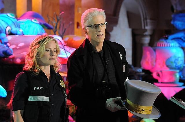 Elisabeth Shue and Ted Danson in CSI: Crime Scene Investigation (2000)