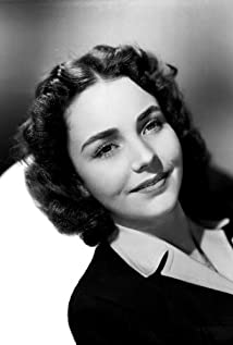 Jennifer Jones Picture