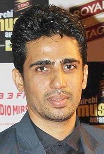 Aktori Gulshan Devaiah