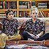 Kaley Cuoco and Kunal Nayyar in The Big Bang Theory (2007)